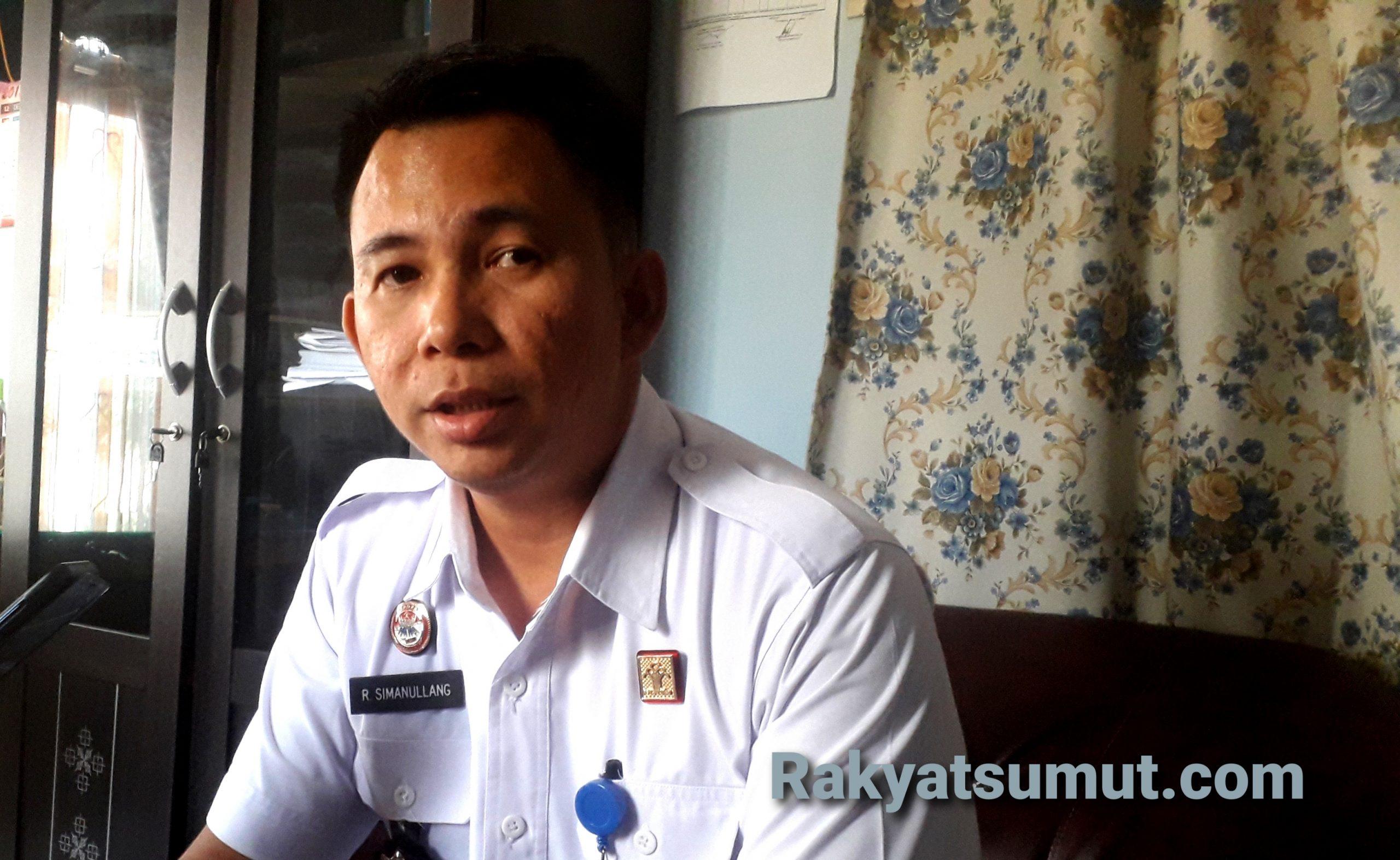 Kepala Seksi Bimbingan Narapidana/ Anak Didik (Kasibinadik) Refintua Simanullang. Foto: Rakyatsumut.com/ Damai