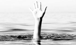 Ilustrasi orang tenggelam. Foto: Istimewa