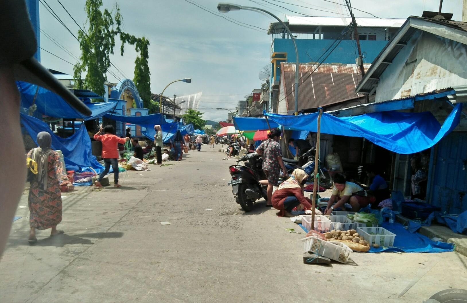 Situasi Pasar di Kota Sibolga. Foto: rakyatsumut.com/ Rommy Pasaribu