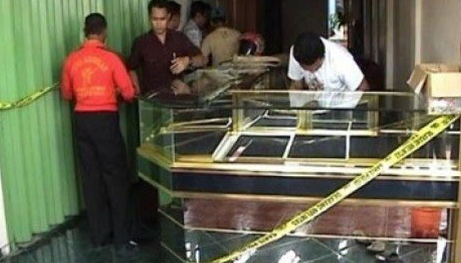 Ilustrasi perampokan toko emas. Foto: PublikaNews