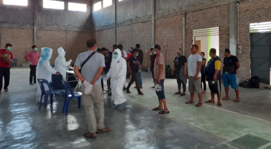 Puluhan TKI dari Malaysia diamankan dari perairan Kota Tanjungbalai (ilustrasi). Foto: Istimewa