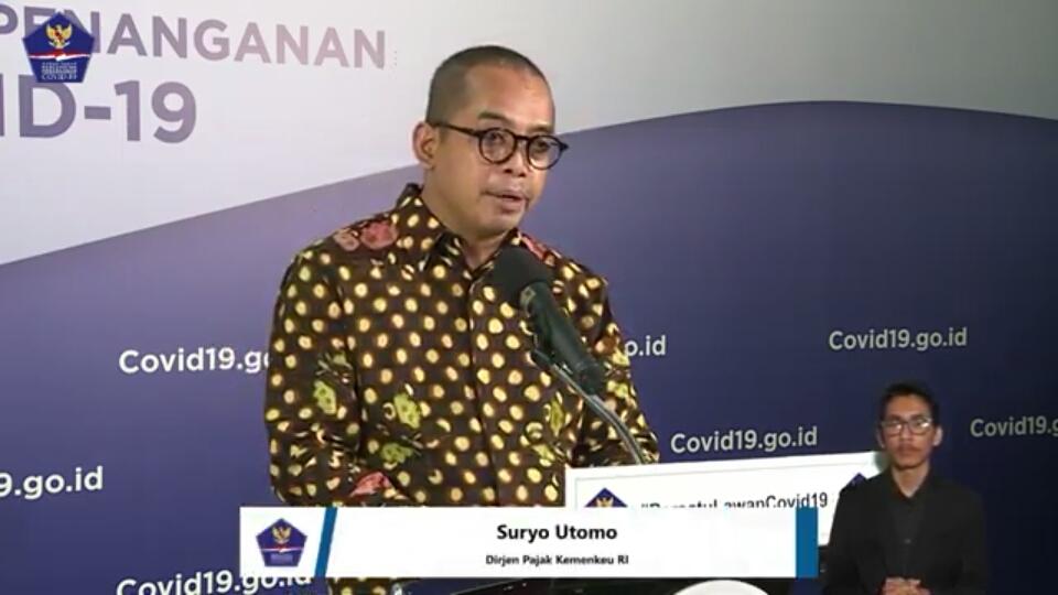 Dirjen Pajak Kemenkeu RI, Suryo Utomo menyampaikan pengunduran penyampaian SPT melalui konfrensi pers di Jakarta, Senin (27/4/2020). Foto: Tangkapan layar
