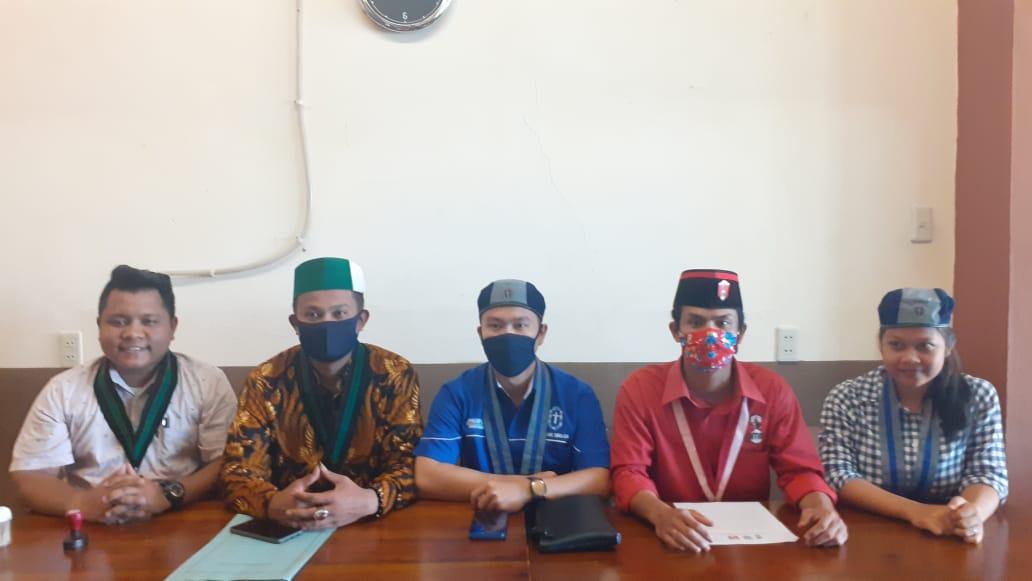 Cipayung Kota Sibolga yang terdiri dari HMI, GMKI dan GMNI saat melakukan konferensi pers kepada awak media. Rakyatsumut.com/ Mirwan Tanjung