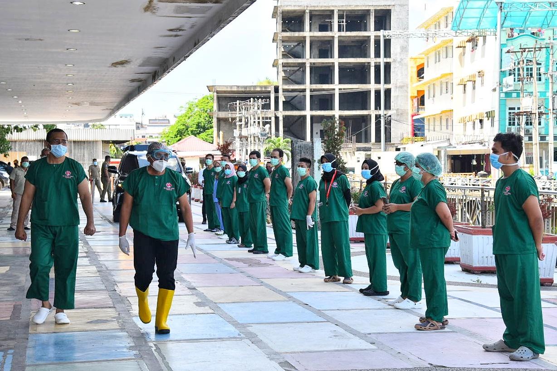 Gubernur Sumut, Edy Rahmayadi mengunjungi Rumah Sakit Marta Friska Medan Komplek CBD Multatuli Medan, Selasa (5/5/2020). Foto: Biro Humas dan Keprotokolan Setdaprov Sumut/Veri Ardian
