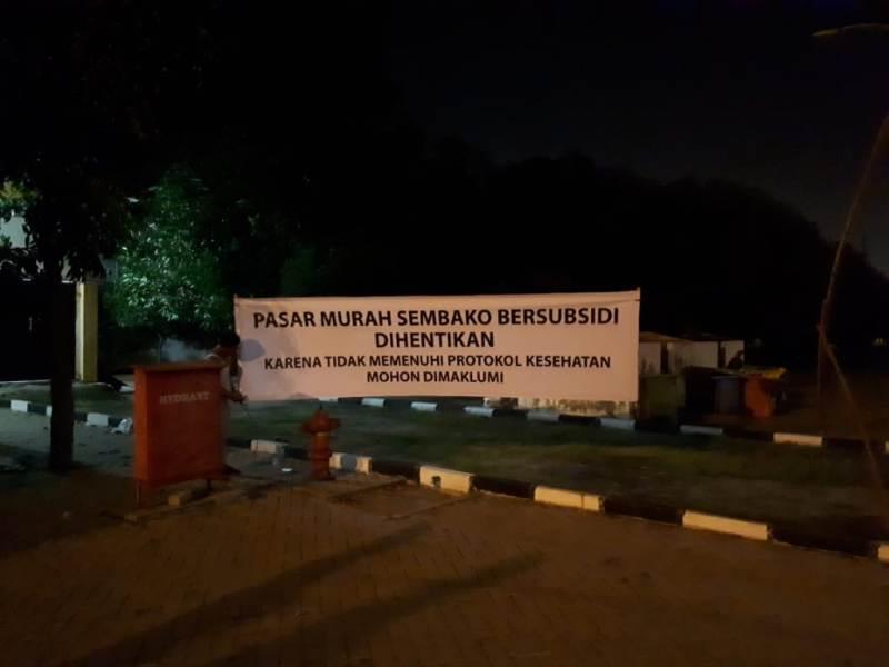 Spanduk penutupan pasar murah Sembako di Gedung Serbaguna Jalan Pancing Medan. Foto: Istimewa