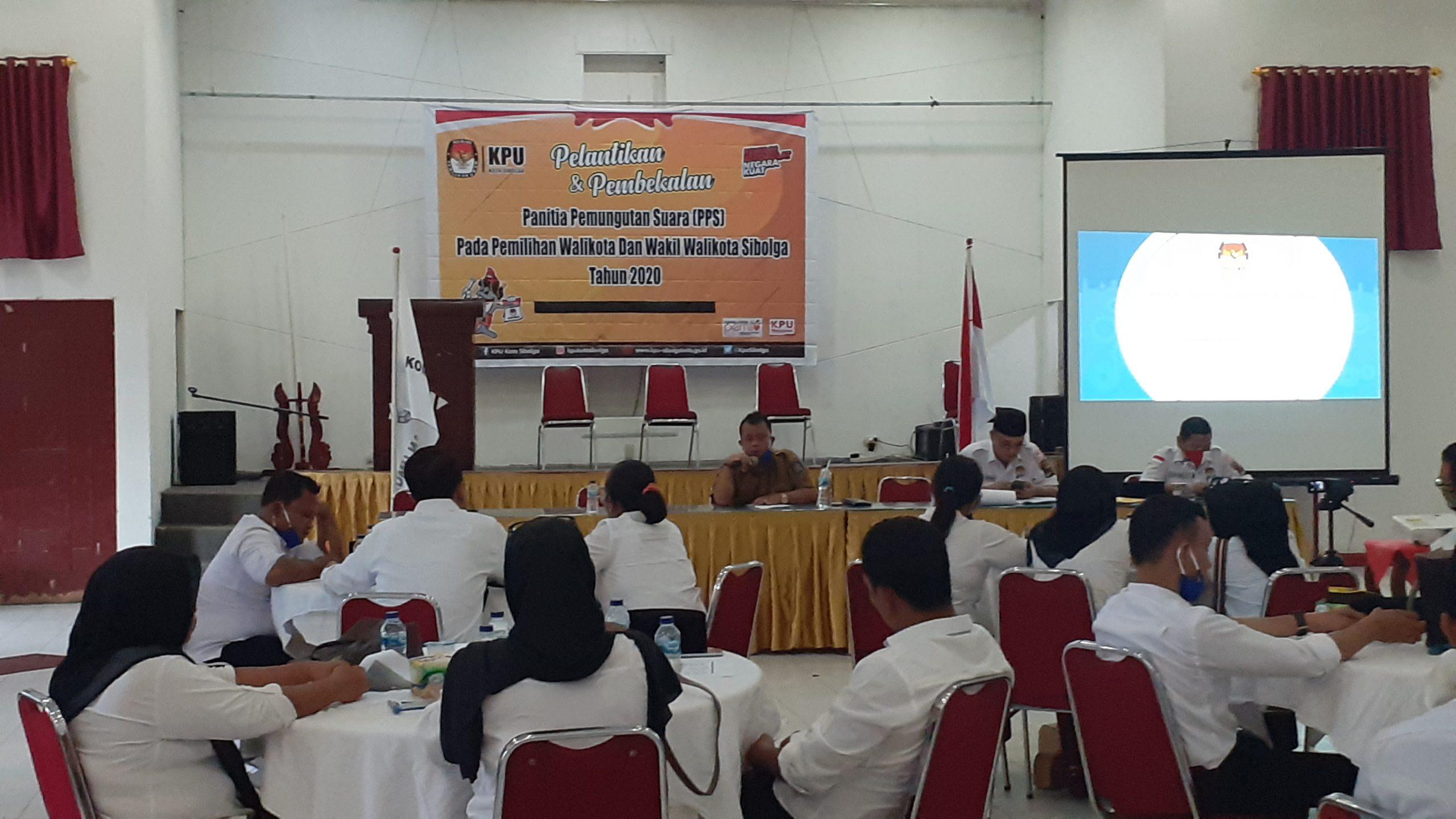 Suasana Pembekalan kepada anggota PPS di Aula Topaz. Rakyatsumut.com/ Mirwan Tanjung
