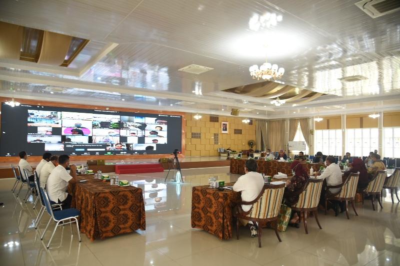 Suasana video conference Market Sounding Rusunawa KEK Sei Mangkei. Foto: Biro Humas Setdaprovsu/ Fahmi Aulia