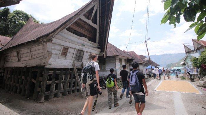 Pemandangan Desa Wisata Sigapiton, Kabupaten Tobasa. Foto: tribun