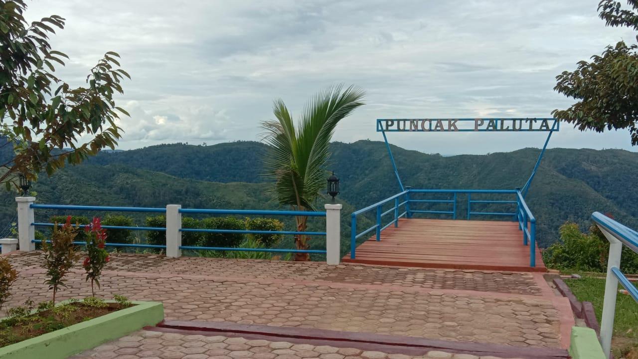 Destinasi Wisata Puncak Paluta. Foto: Rakyatsumut.com/ Rifai Dalimunthe.