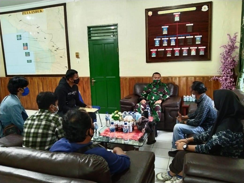Pengurus Komantab saat audiensi dengan Dandim 0211/ TT, Letkol Inf Dadang Alex di ruangannya. Foto: istimewa