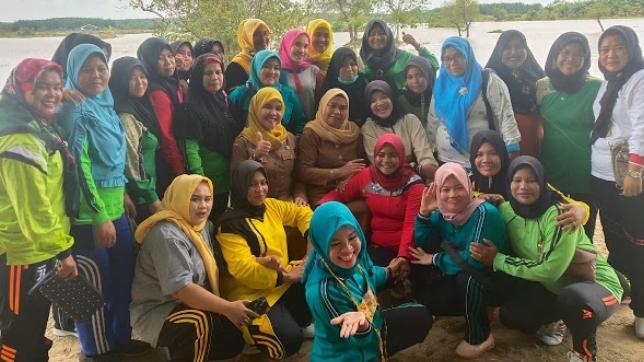 Dinas Pariwisata saat kunjungi Lokasi Wisata Danau Mandasip. Foto : Istimewa.