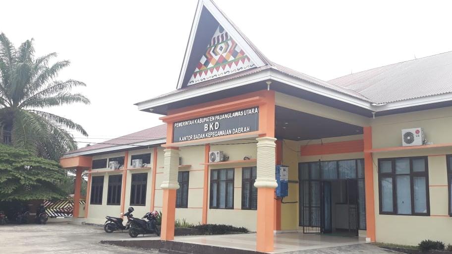 Kantor BKD Kabupaten Paluta. Foto: Istimewa.