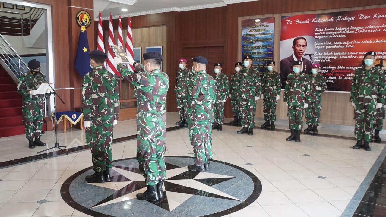 upacara serah terima jabatan Danlanal Sibolga oleh Danlantamal II Padang. Foto: istimewa